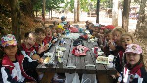 almuerzo-en-grupo-1
